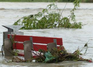 Un banc sous les eaux