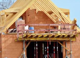 une maison en chantier