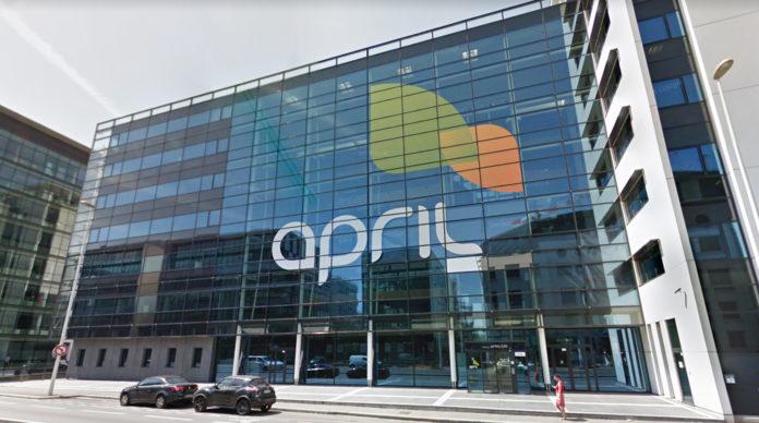 Le siege d'April