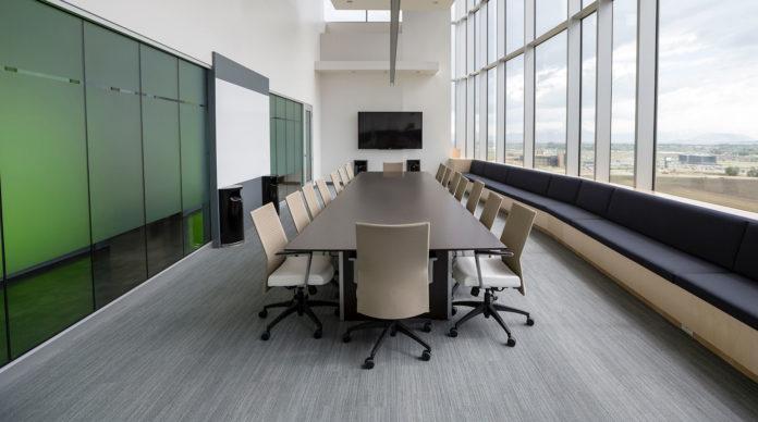 Table de conseil d'administration