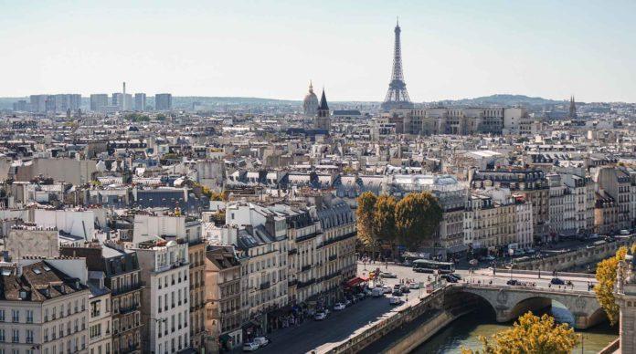Une vue des toits de Paris