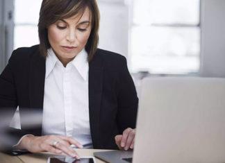 femme_laptop