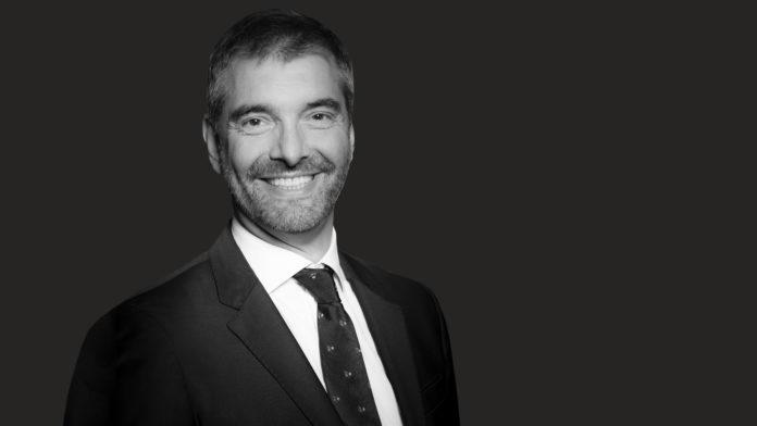 Olivier Ruthardt signe avec un paritaire