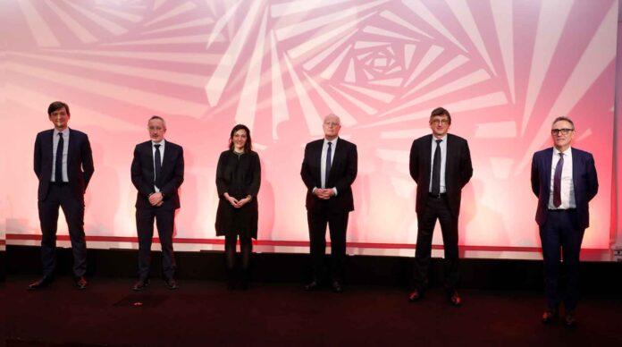 Les dirigeants d'Aéma : Adrien Couret, Philippe Perrault, Sophie Elkrief, Pascal Michard, Jean Philippe Dogneton et Patrick Brothier.