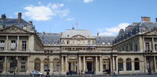 Façade du Conseil d'État, à Paris.